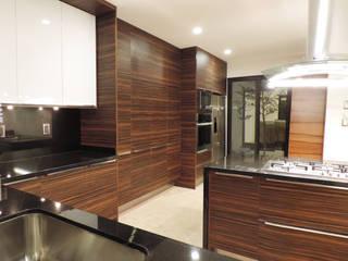 Modern Kitchen by acosta arquitecto Modern