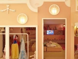 Lovisaro Arquitetura e Design 嬰兒房/兒童房