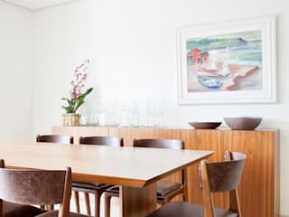 Modern dining room by mmagalhães estúdio Modern