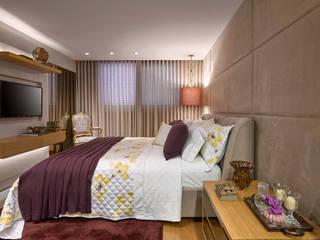 Gláucia Britto Camera da letto moderna