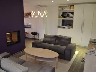 Phòng khách phong cách Bắc Âu bởi In Déco Bắc Âu