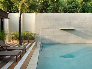Cerejeira Agência de Arquitetura Modern balcony, veranda & terrace
