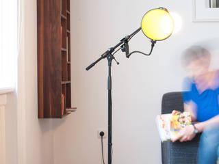 Micro Bulb Stehlampe Gelb  - Lesen:   von REBLAU Design