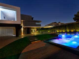 AMPLIACION Y REFORMA DE VIVIENDA UNIFAMILIAR EN TORRENT (VALENCIA) Casas de estilo moderno de Duart-Vila Arquitectes S.L.P. Moderno