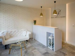 Gabinet Kosmetyczny Pracownia Piekna Skandynawskaie spa od Pracownia Architektury Wnętrz Hanny hildebrandt Skandynawski