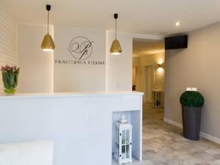Gabinet Kosmetyczny Pracownia Piekna: styl , w kategorii Spa zaprojektowany przez Pracownia Architektury Wnętrz Hanny hildebrandt,