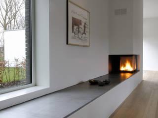 House TE Salon moderne par CONIX RDBM Architects Moderne