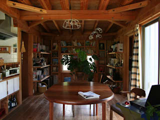 茂原の家: 合同会社加藤哲也建築設計事務所が手掛けたダイニングです。