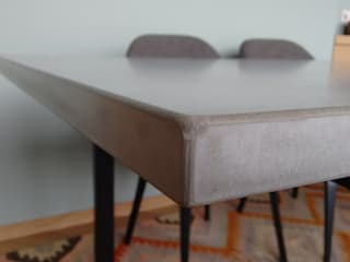 Esstische und Tischplatten aus Glasfaser - Beton:   von Betonwerkstatt