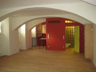 Atelier:  Arbeitszimmer von Salonparallel
