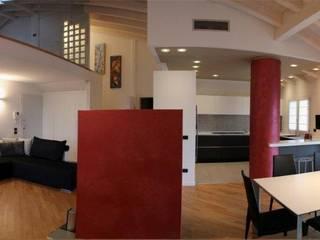 Casa a Verona:  in stile  di Studio Martin ... non solo architetture