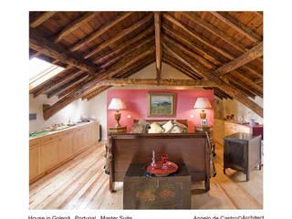 Dormitorios rústicos de ADeCArquitetura Rústico