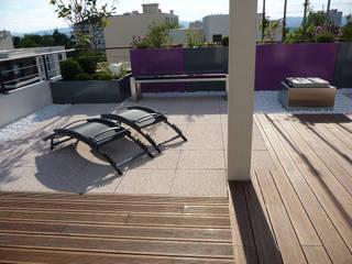 Terrasse Dachgeschosswohnung Moderner Balkon, Veranda & Terrasse von Bambus Komfort Parkett Modern