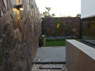 Pasillo :  Walls by Forma Taller