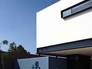 Fachada Frontal:  Houses by Forma Taller