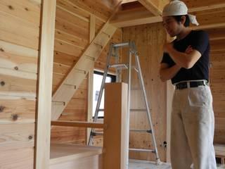 階段の施工: 中村茂史一級建築士事務所が手掛けた廊下 & 玄関です。