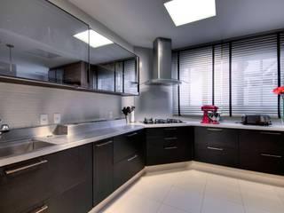 LamegoMancini Arquitetura 現代廚房設計點子、靈感&圖片