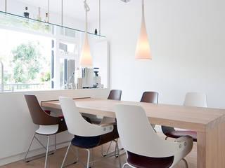 Cocinas de estilo  de ontwerpplek, interieurarchitectuur, Moderno