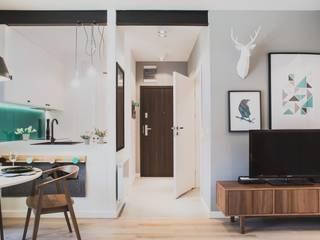 Koridor dan lorong oleh Raca Architekci, Modern