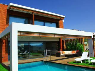 Houses by ARTHUR&MILLER, Modern