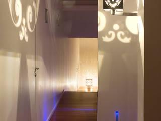 Cages de Lumière par Yumé Péma Moderne
