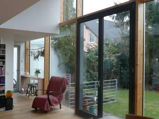 Haus S Moderne Wohnzimmer von waldorfplan architekten Modern