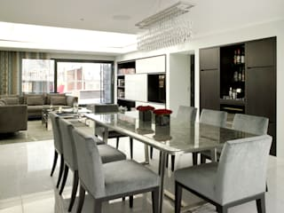 Penthouse Apartment designed by Holloways of Ludlow. Interior Design by Clare Gaskin Interior Design Holloways of Ludlow Bespoke Kitchens & Cabinetry Modern Oturma Odası