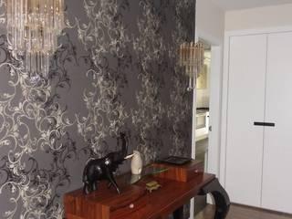 calero y asociados interioristas Corridor, hallway & stairs Accessories & decoration
