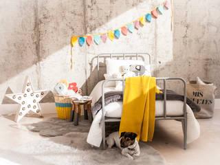 Ideas para decorar una habitación infantil de estilo industrial. BEL AND SOPH DormitoriosCamas y cabeceros