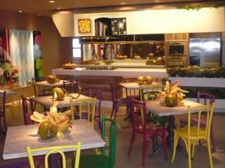 CARMELLO ARQUITETURA KeukenTafels & stoelen