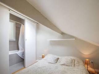Спальня в стиле модерн от cristina velani Модерн