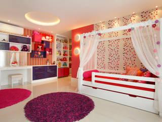 Studio Claudia Pimenta e Patricia Franco Decoração de Interiores Nursery/kid's room