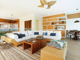 Livings de estilo tropical de Mayra Lopes Arquitetura | Interiores Tropical