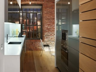 Albert Mill: minimalistic Kitchen by Donald Architecture