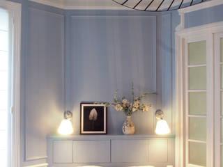Une chambre parentale par Agence Design d'Espaces Classique