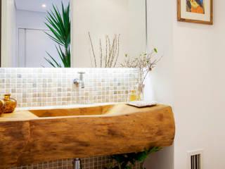 Baños rústicos de Helô Marques Associados Rústico