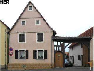 Straßenfassade (vorher):   von architektur WEIDE