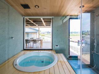 ふつつの芽: murase mitsuru atelierが手掛けた浴室です。,