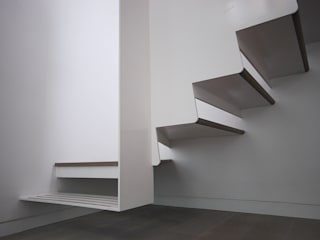 Staircase Detail:  Flur & Diele von homify,Modern