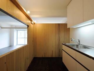 M-Room: ADS一級建築士事務所が手掛けたキッチンです。