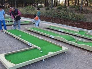 Garden Mobilya – Ahşap Mini Golf Sahası:  tarz