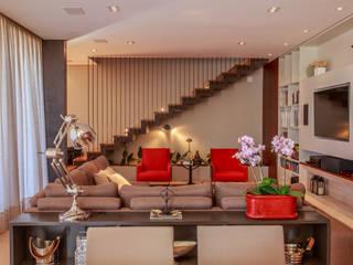 Living: Salas de estar  por WTstudio,Moderno