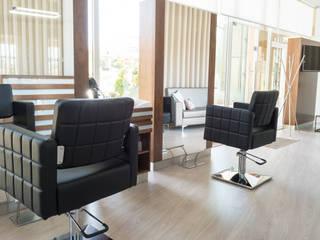 Ângela Pinheiro Home Design Study/office Wood Wood effect
