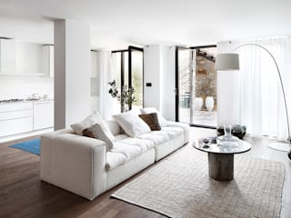 Salas / recibidores de estilo moderno por Engel & Völkers Bodrum