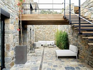 Engel & Völkers Bodrum Balcon, Veranda & Terrasse modernes par Engel & Völkers Bodrum Moderne