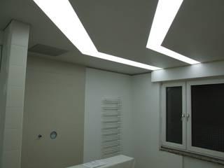Baños de estilo moderno de Decken Design Moderno