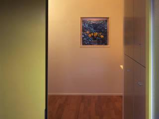 Step House 久保田章敬建築研究所 Modern Corridor, Hallway and Staircase