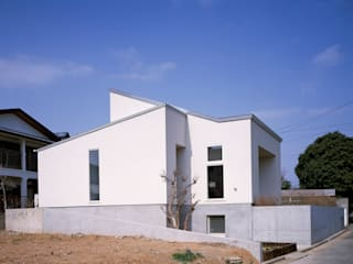 House in Ojityo 久保田章敬建築研究所 Modern Houses
