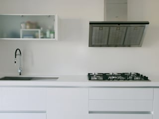 Kitchen by Cocinasconestilo.net, Minimalist