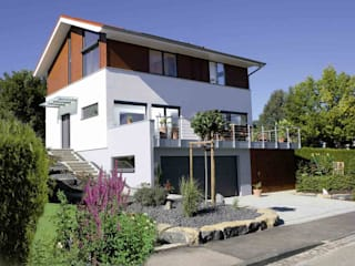 Modern houses by Haacke Haus GmbH Co. KG Modern